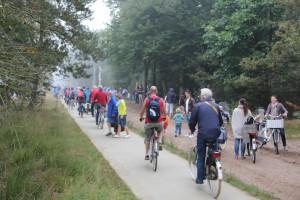 fietser in kolonne